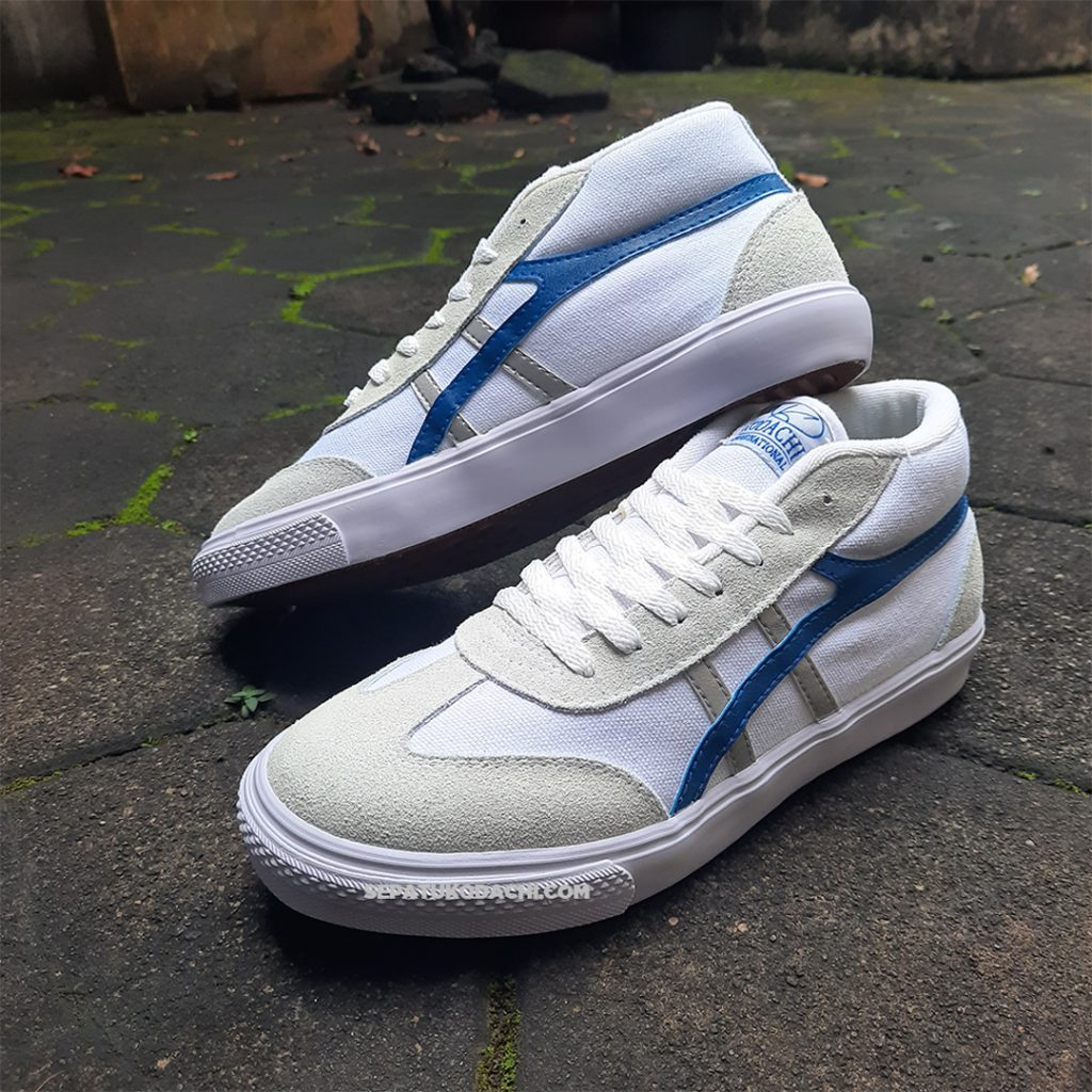 kodachi-galaxy-Biru-Silver-ykraya-sepatu-lokal-capung-4
