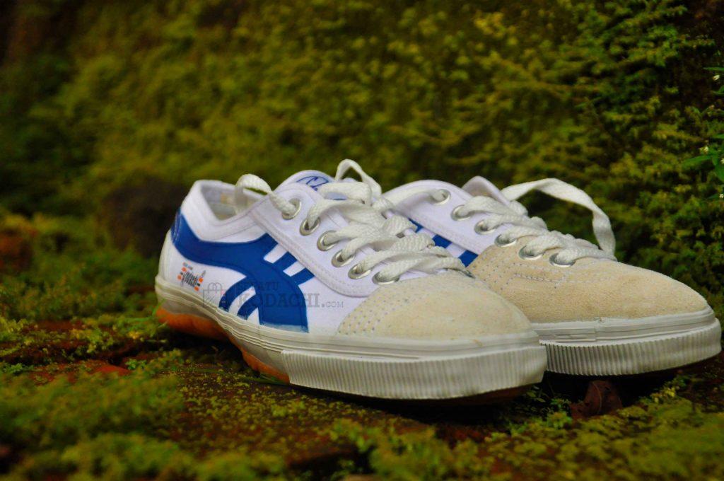 sepatu-kodachi-8110-biru