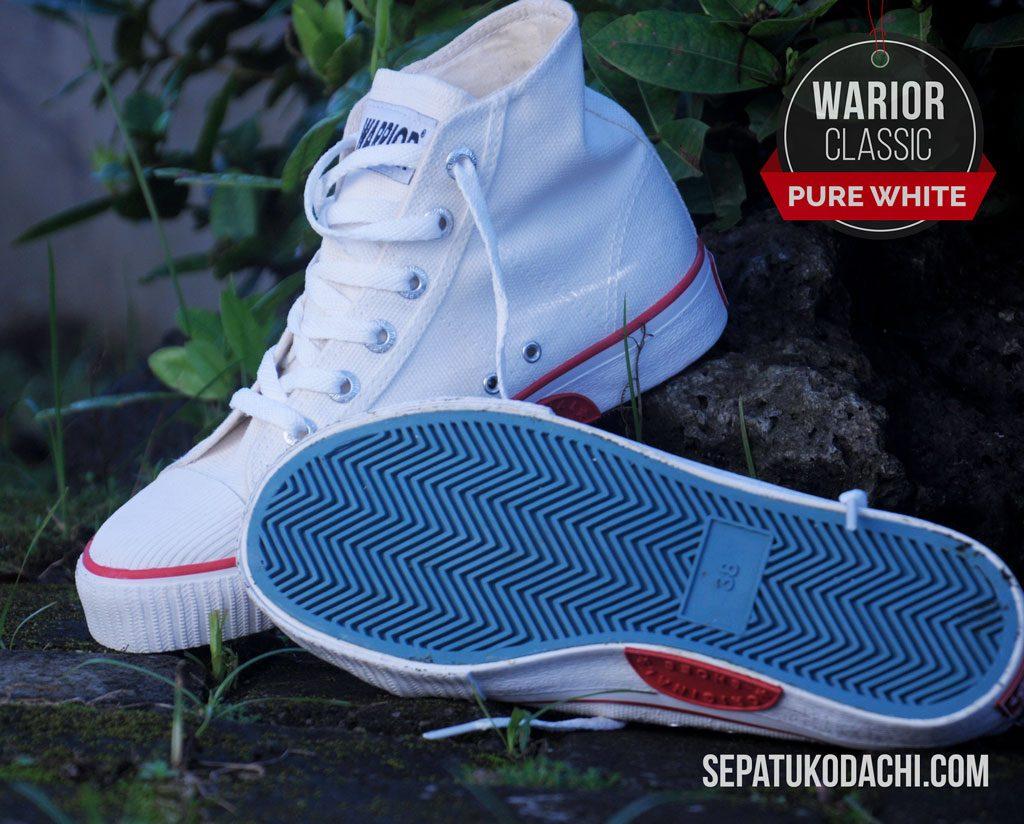 Sepatu warrior putih