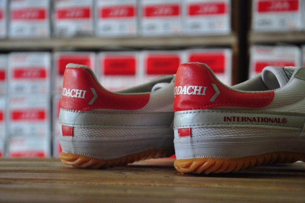 sepatu-kodachi-.com-8116-red-silver