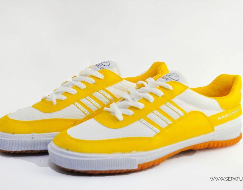 kodachi-8119-kuning