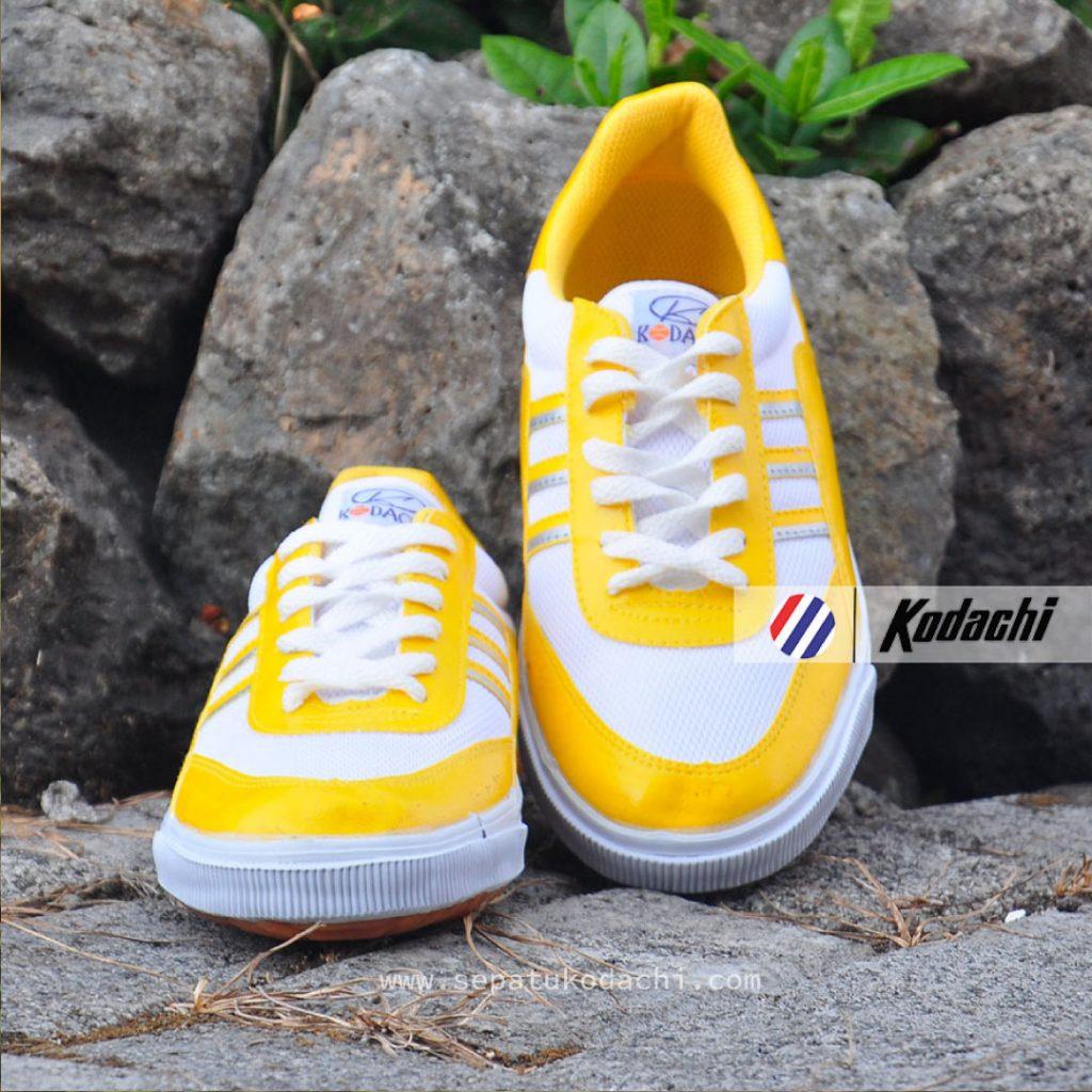 sepatu kodachi 8115 kuning