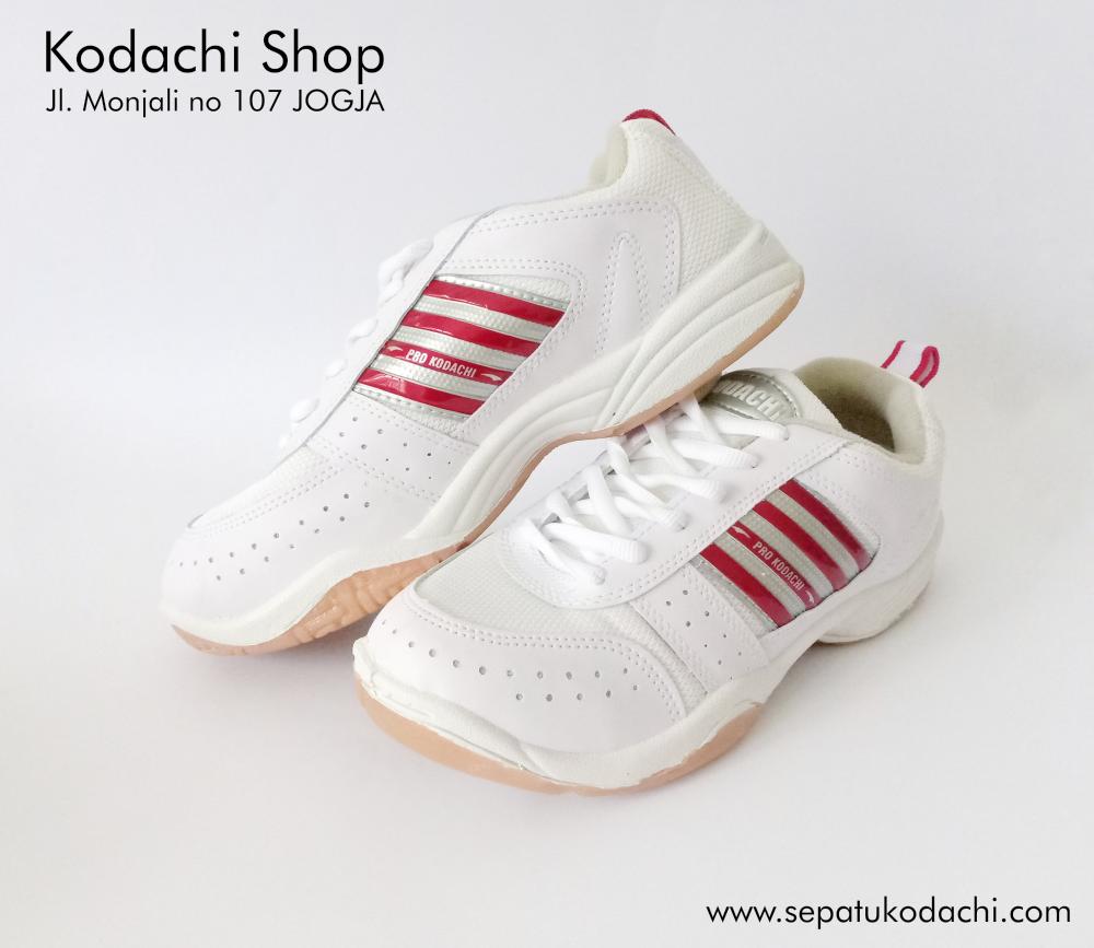 sepatu kodachi AR merah