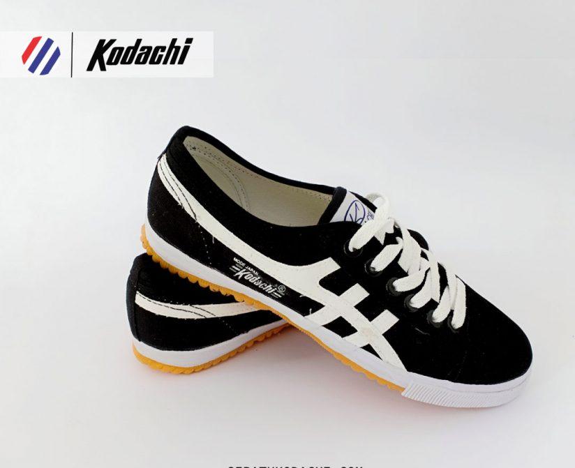 sepatu kodachi 8172 hitam Putih