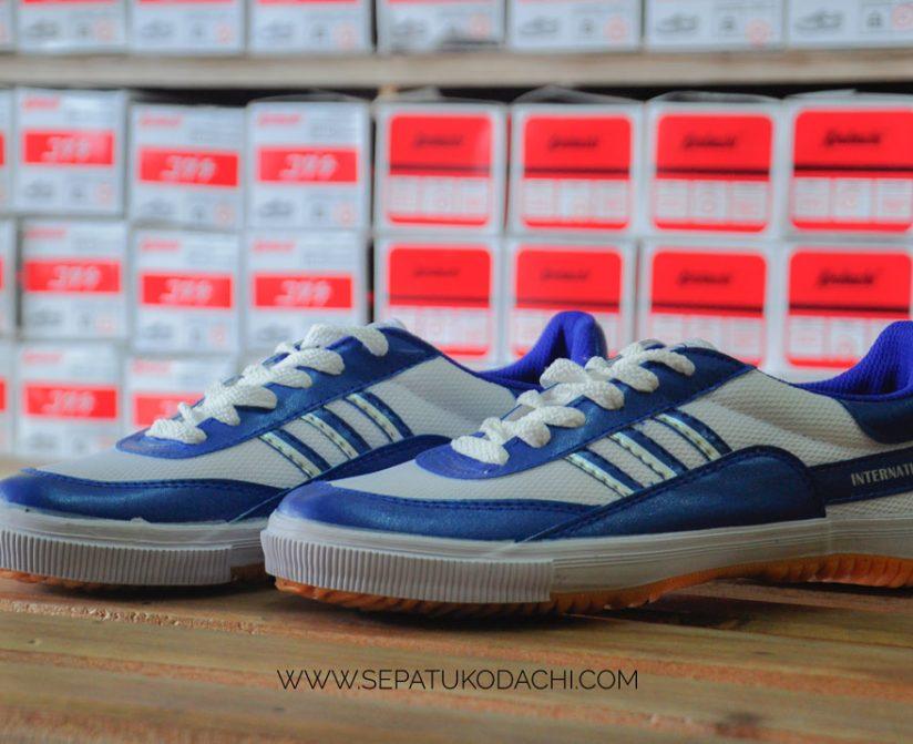 sepatukodachi-8115-blue-1