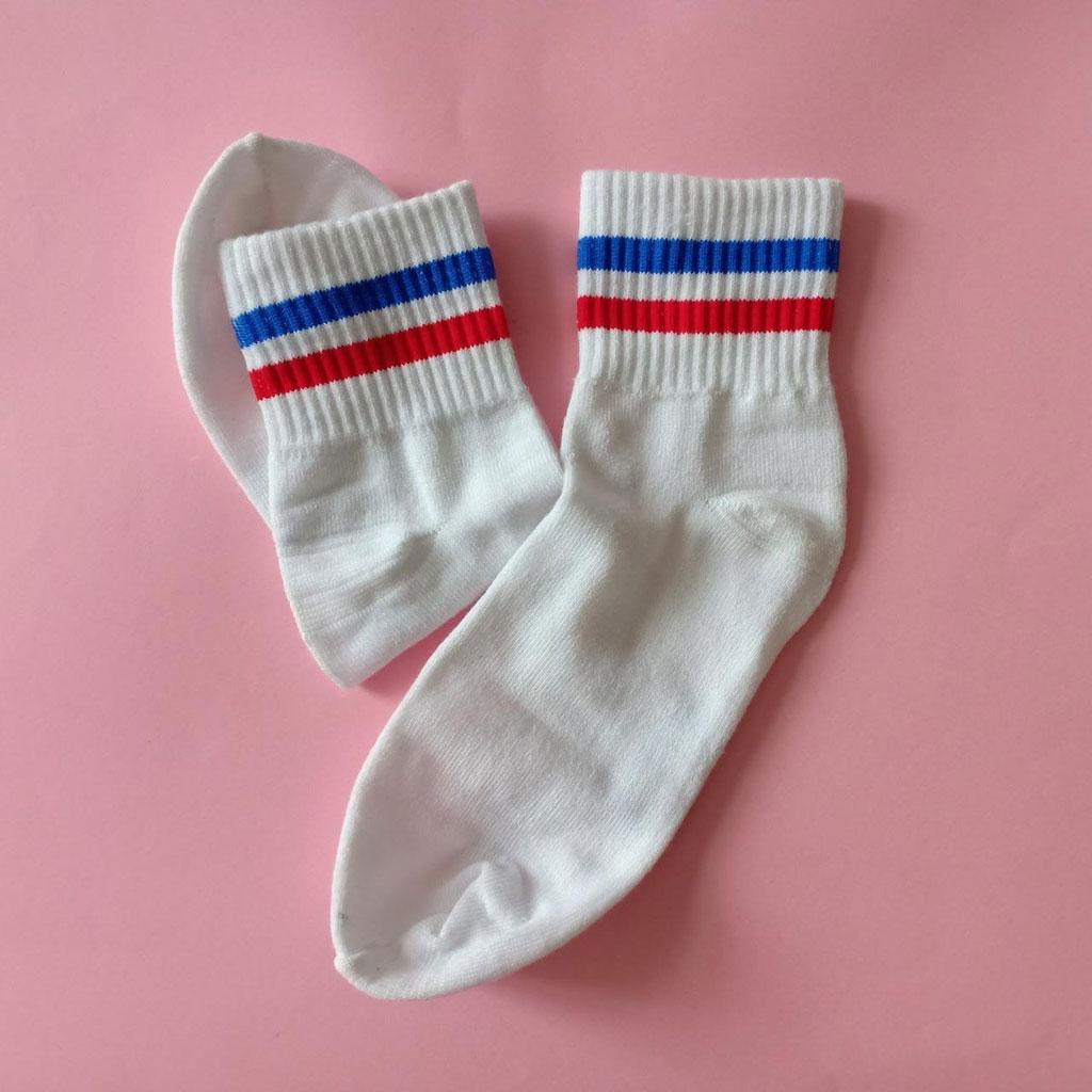 kaos-kaki-stripe-pendek-kodachi-putih-strip-merah-biru-1