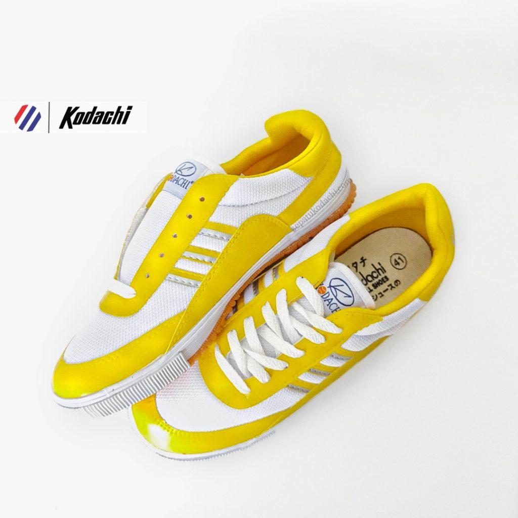 sepatu-badminton-kodachi-8115-kuning-sepatu-capung-yk-raya-running-volly-82