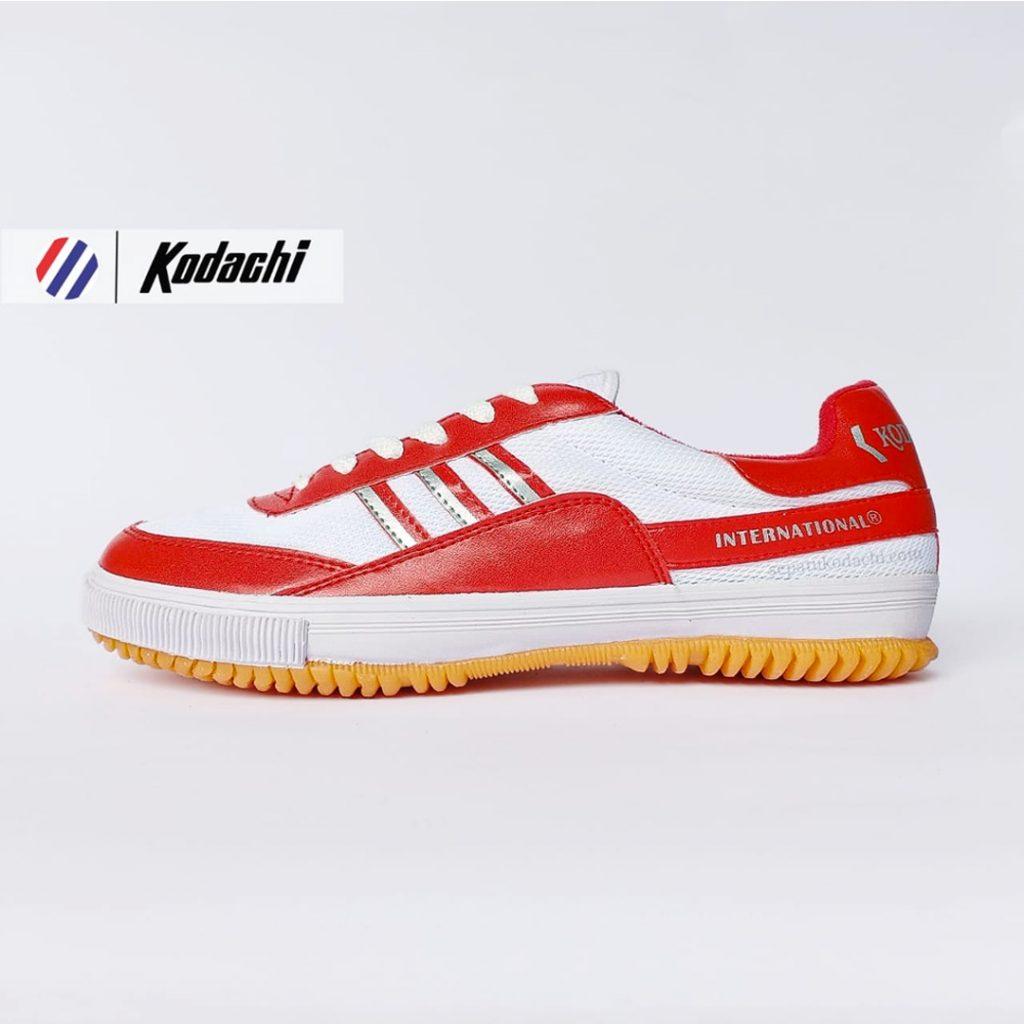 sepatu-badminton-kodachi-8115-merah--sepatu-capung-yk-raya-running-volly-8