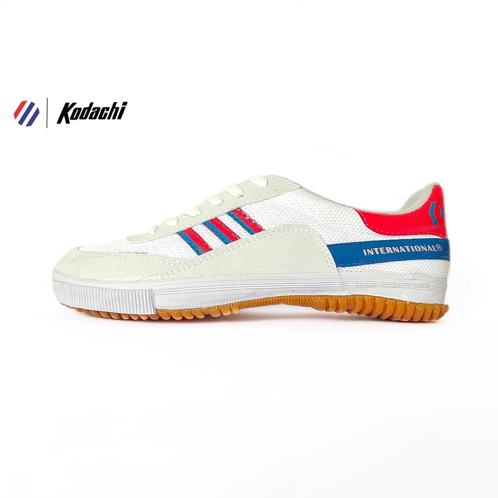 sepatu-kodachi-badminton-8116-merah-biru-yk-raya-sepatu-capung-running-volly