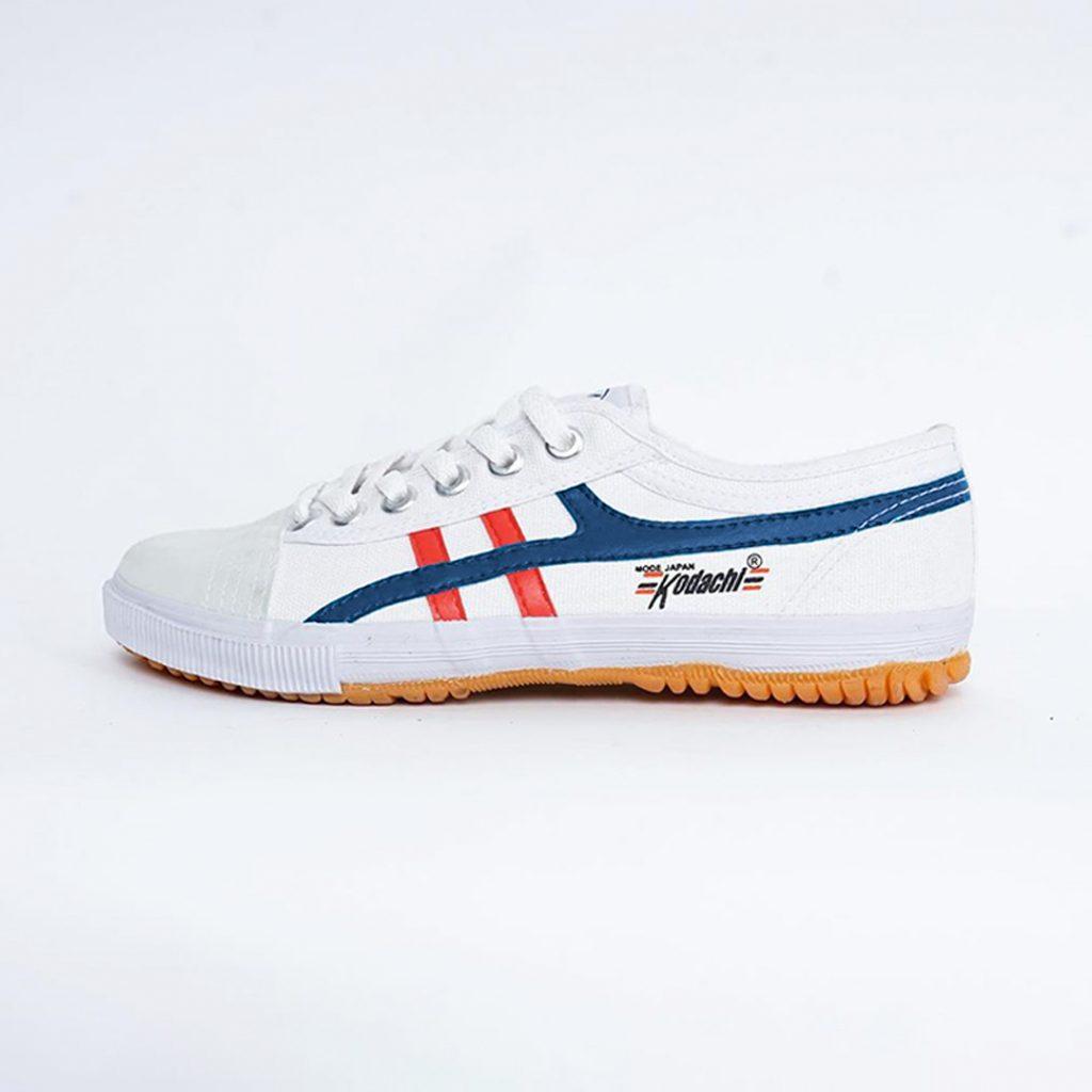 sepatu-kodachi-badminton-8172-pnm-putih-navy-merah--ykraya-sepatu-capung-running-volly-2