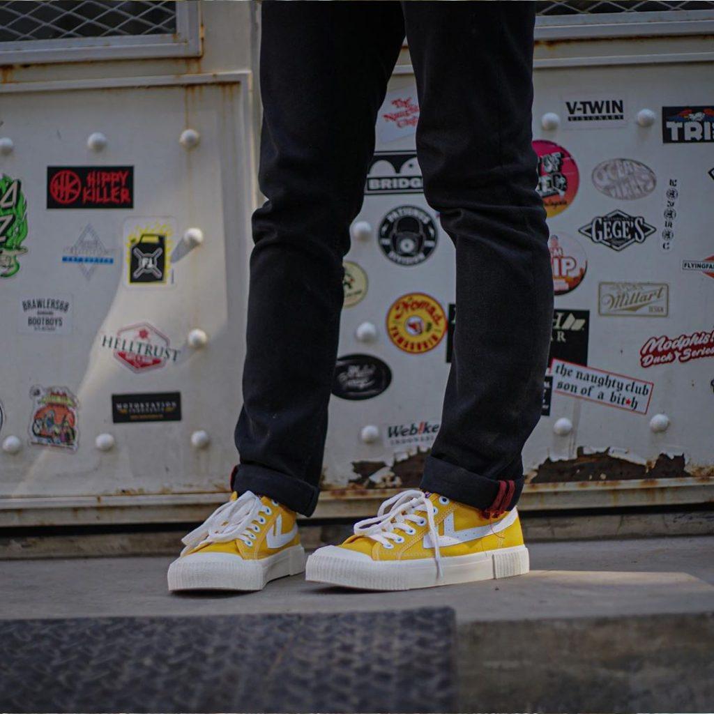 sepatu-mb-bagus-flash-kuning-29
