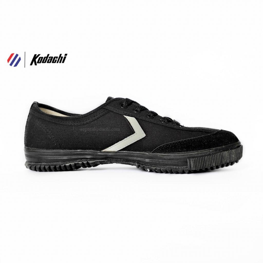 sepatu-badminton-kodachi-8119-hitam-hitam-all-black-r-sepatu-capung-yk-raya-running-volly-81