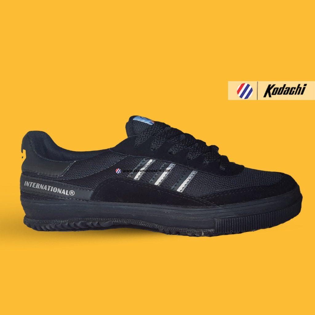 sepatu-kodachi-8116--hitam-silver-all-black-ykraya-sepatu-capung-1