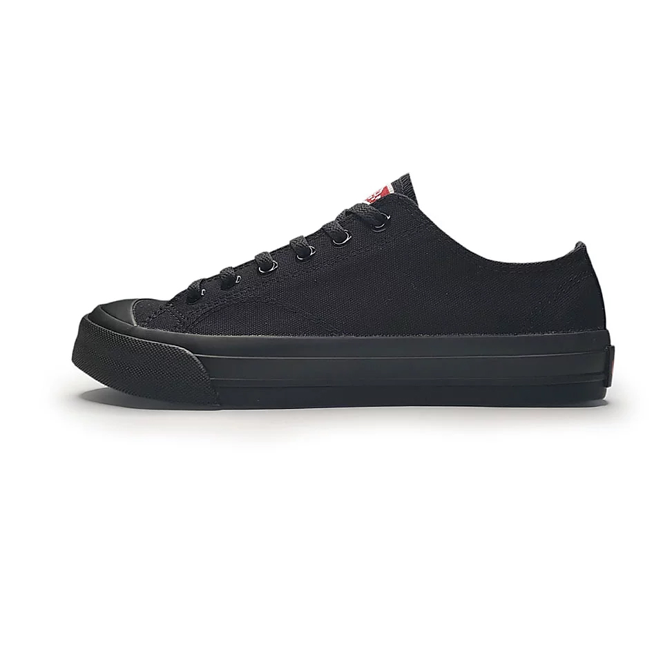 ventela-basic-low-all-black-1