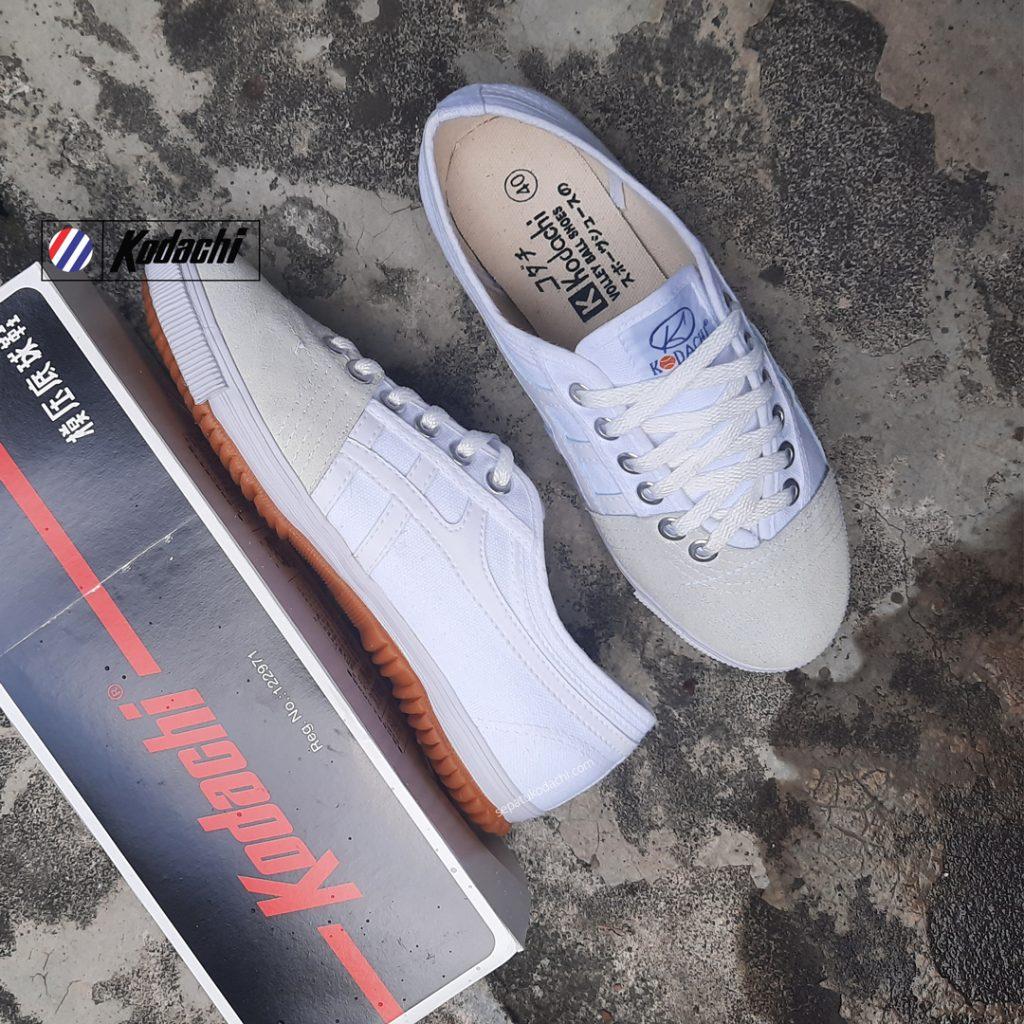 Sepatu-Kodachi-8172-All-White-Sepatu-capung-lokal-ykraya-badminton-running-volly-3