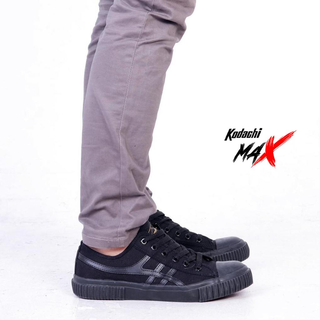 kodachi-max-all-black-1