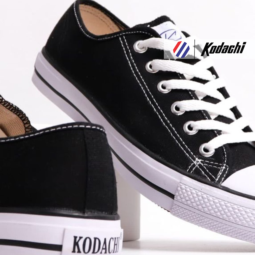 kodachi-university-low-hitam-putih-5